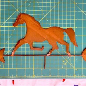 Horse & Arrow Home Decor Wall Hanging